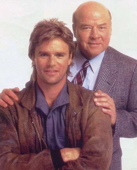 MacGyver and Pete Thornton (photo source: sitcomsonline.com)